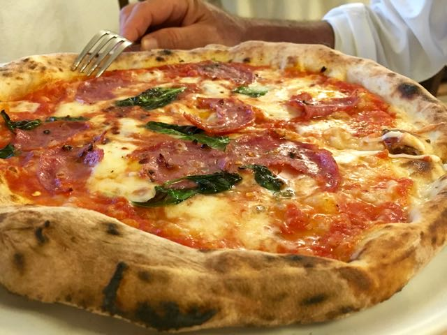 The Best Pizza in Capri {Buca di Bacco}