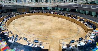 Le Monde: Οι Έλληνες θα πρέπει να περιμένουν κι άλλο