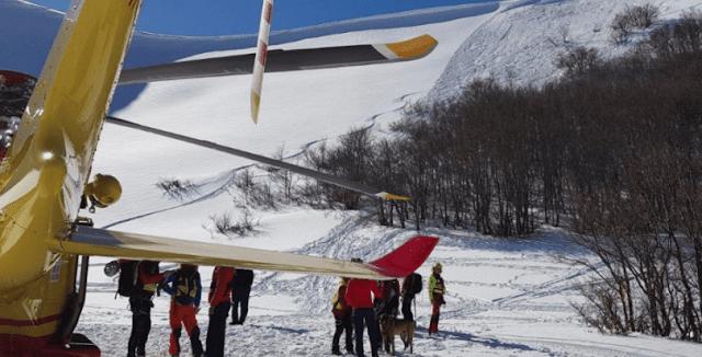 Σύγκρουση αεροπλάνου με ελικόπτερο στις Άλπεις με τουλάχιστον τέσσερις νεκρούς