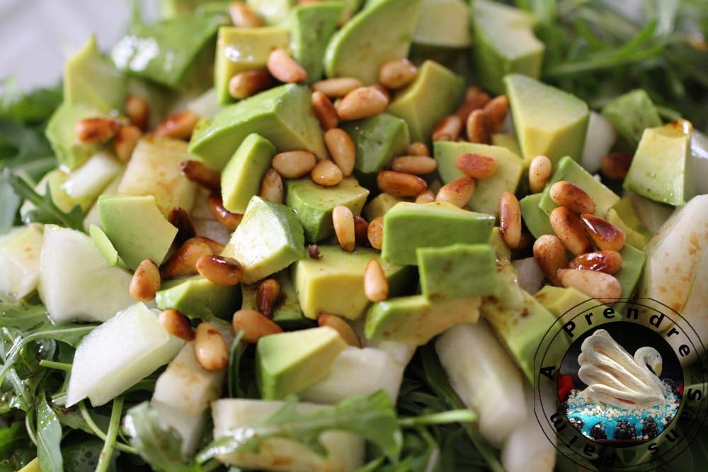 Salade toute verte aux pignons