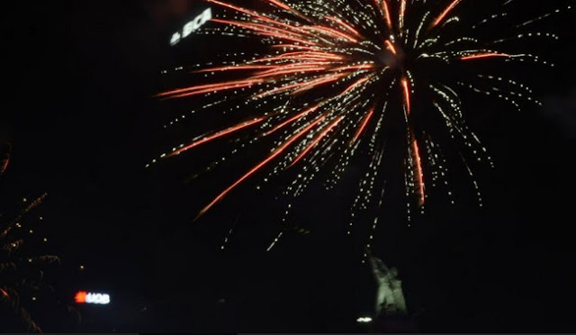 Perayaan Malam Tahun Baru di Jakarta Sisakan 780 Ton Sampah