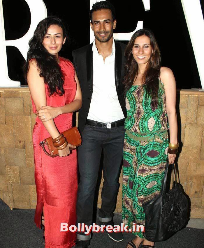 Pia Trivedi, Ramona Sunavala, Shibani, Anusha Dandekar & Siddharth Mallya at IRFW 2013
