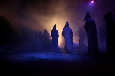Resultado de imagen de santa compaña de noite