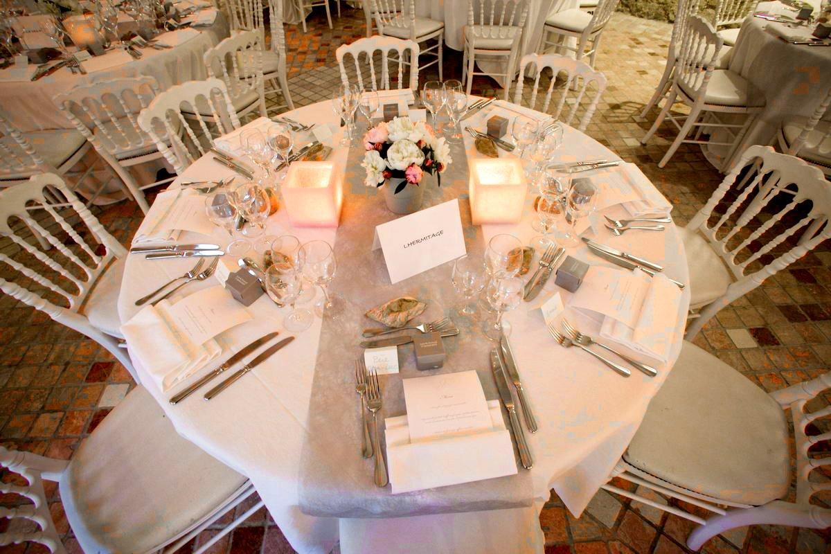id et photo d coration mariage 10 photos d coration de tables de mariage deco table mariage. Black Bedroom Furniture Sets. Home Design Ideas