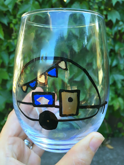 DIY Painted Airstream Wine Glass, perfect for Glamping! www.jacolynmurphy.com