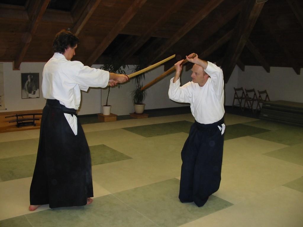 Latihan Bokken Pedang Kayu Dalam Aikido Www Wingchunsport Com