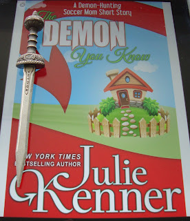 Portada del libro The Demon You Know, de Julie Kenner