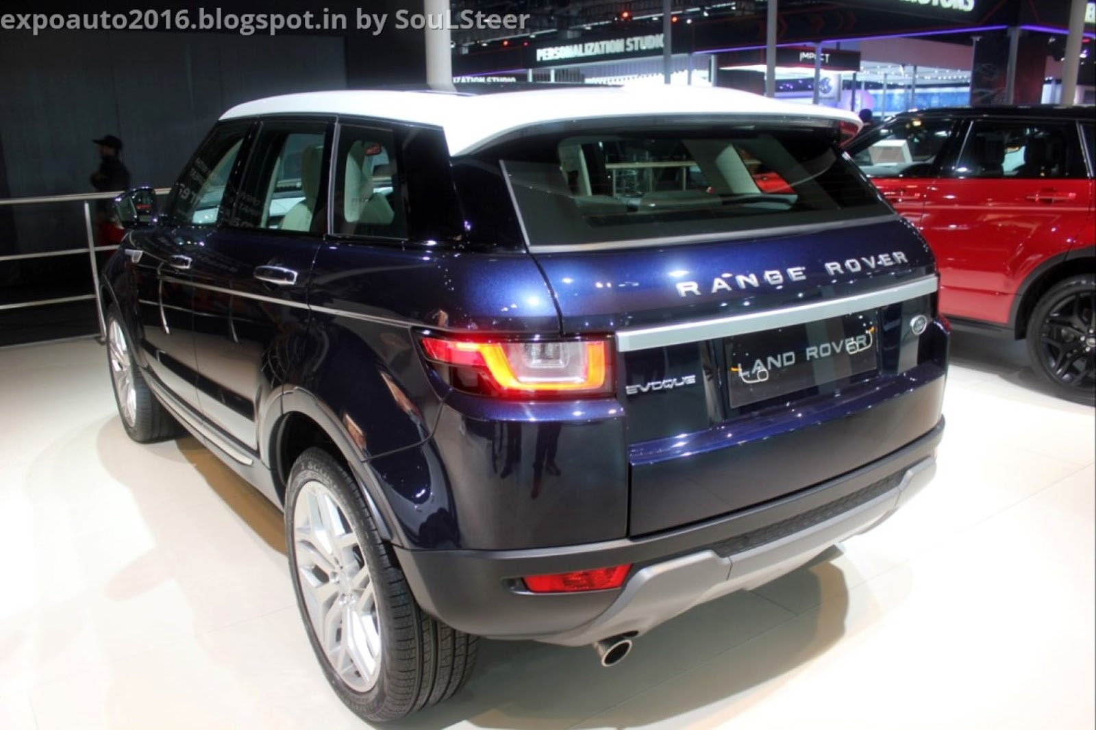auto expo 2016 by soulsteer range rover evoque compact luxury crossover suv in blue and red. Black Bedroom Furniture Sets. Home Design Ideas