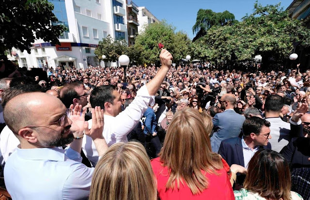 Άρτα: Πλήθος κόσμου υποδέχτηκε τον Πρωθυπουργό, Αλέξη Τσίπρα στην Άρτα