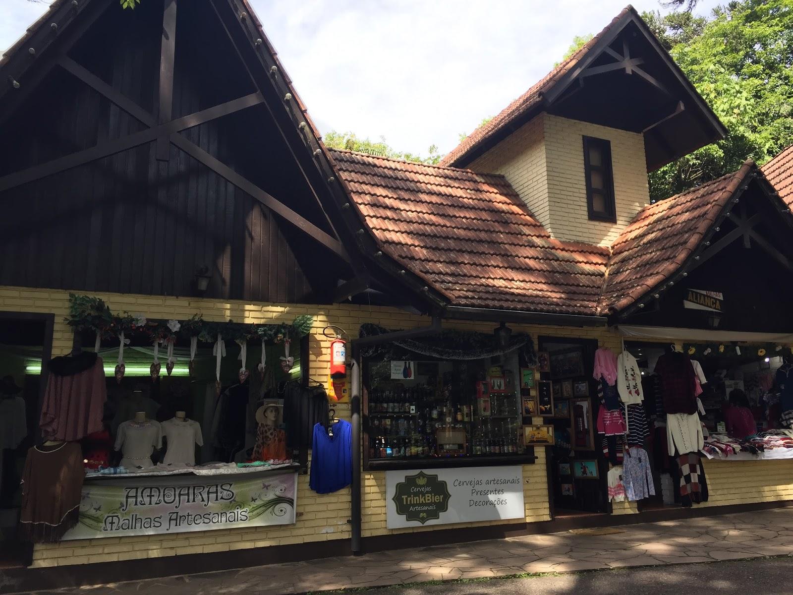 lojas na aldeia do imigrante