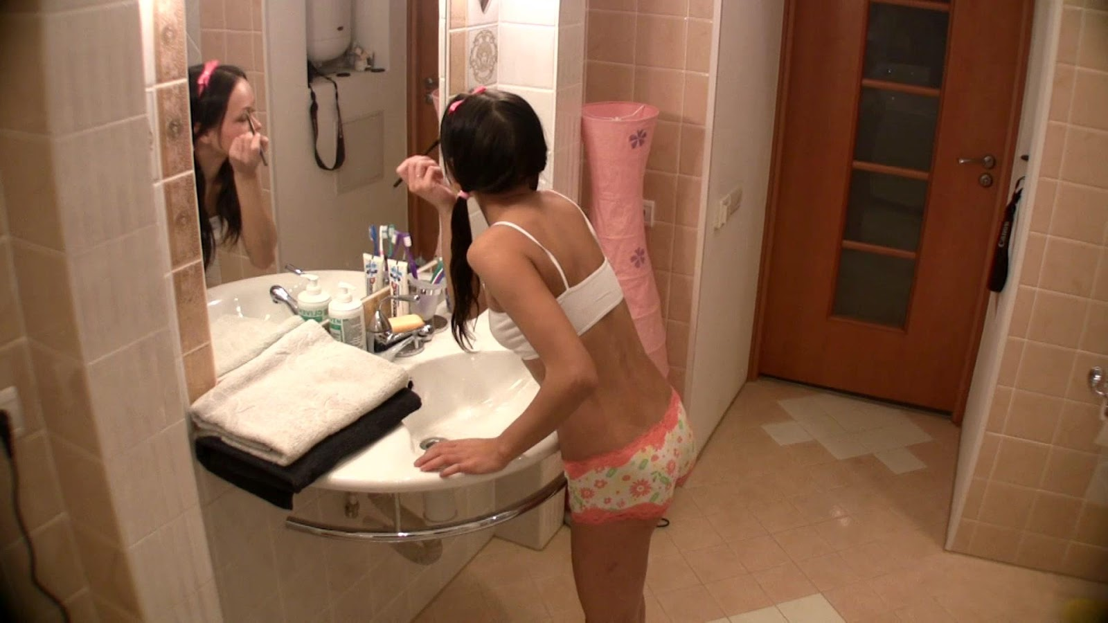 the elder brother fucks his young sister in bathroom | xvideos for you