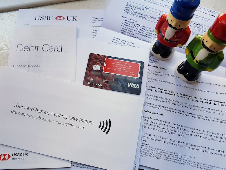 陸陸續續收到借記卡 (debit card) 以及信件說明
