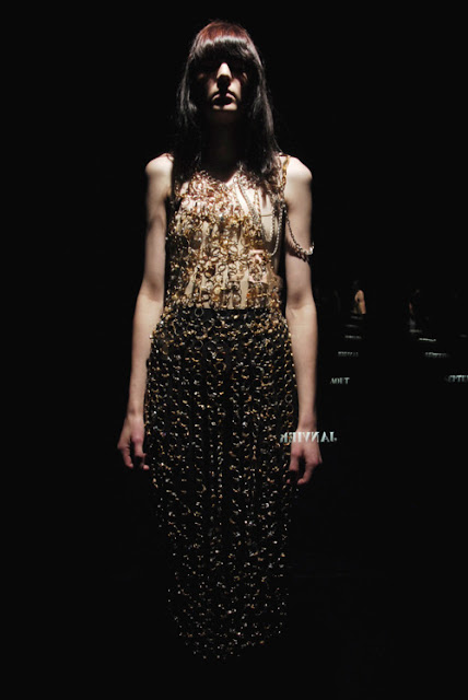 Maison Martin Margiela - Artisanal A/W 2007 - Jewelry as a dress