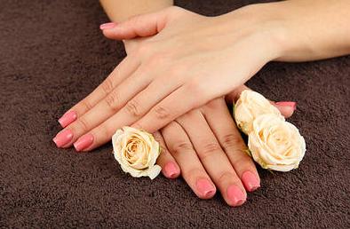 تبييض وزيادة نضارة وجمال اليدين