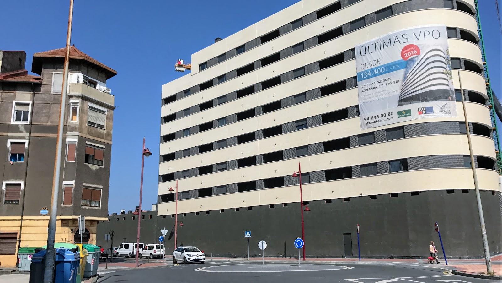 Barakaldo digital la constructora entrega 39 pisos de la for Clausula suelo en pisos de vpo