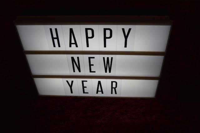 Lightbox, Happy New Year,