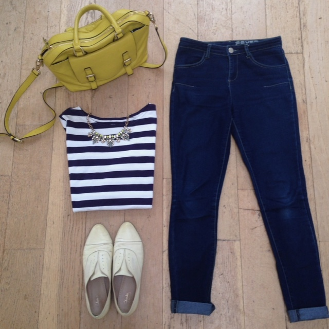 What Lizzy Loves. Breton, skinny jeaans, yellow brogues, statement necklace