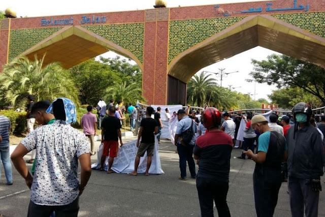 Neno Warisman Dihadang Massa di Bandara Pekanbaru