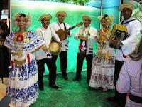 Panamá en Fitur, Folclore panameño, vuelta al mundo, round the world, La vuelta al mundo de Asun y Ricardo, mundoporlibre.com