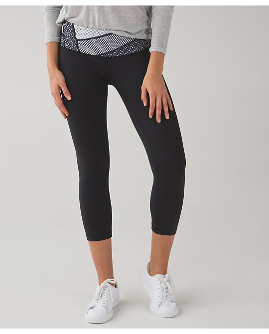 lululemon millie-mesh-quilt-wunder-under-crop