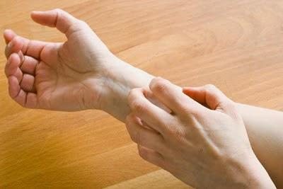 kawal kulit gatal dengan ubat doktor dan vitamin shaina shop