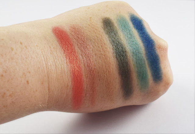 Sleek i-Divine On The Horizon Palette swatches