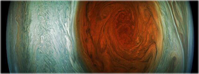 A Grande Mancha Vermelha fotografada durante máxima aproximação de Juno
