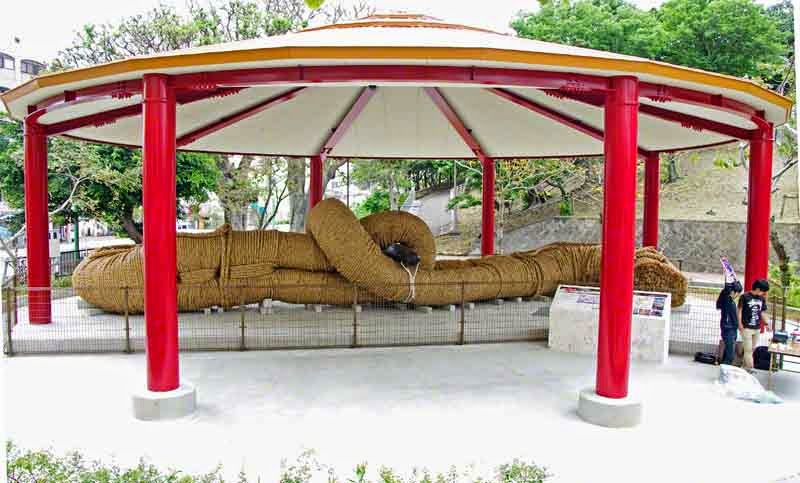 Giant Tug O War Rope replica, Naha,Okinawa