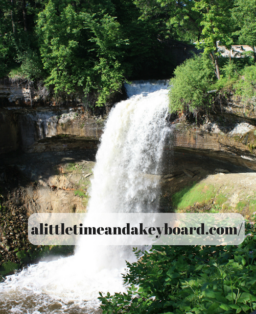 Minnahaha Falls stunning landscape in Minneapolis