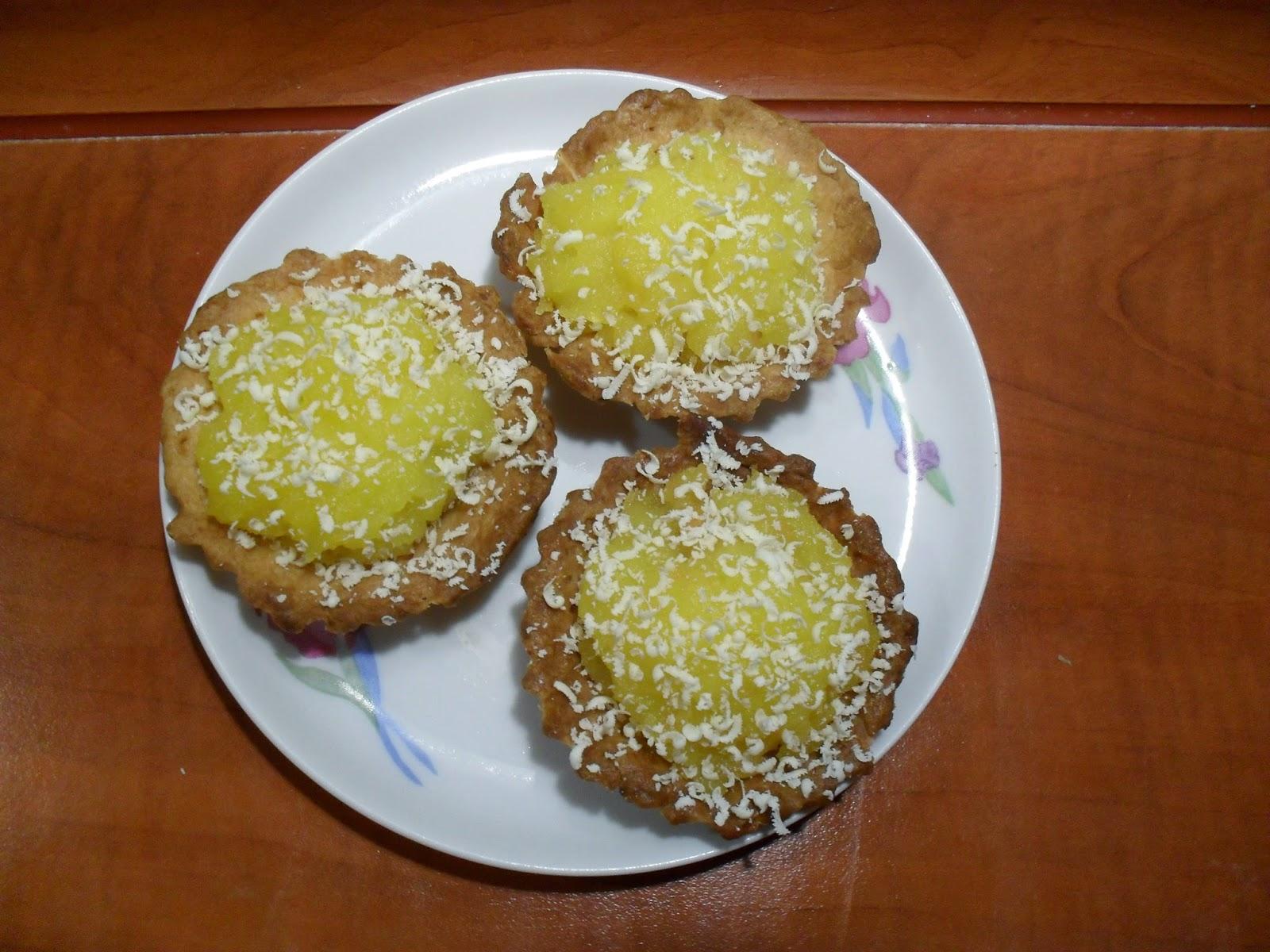 cytrynowe babeczki z malinami i białą czekoladą