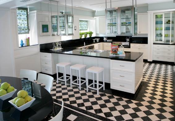 Cách ốp lát ô bàn cờ có thể sử dụng linh hoạt ở cả phòng khách và phòng bếp