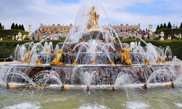 Show das Águas nos Jardins do Palácio de Versalhes