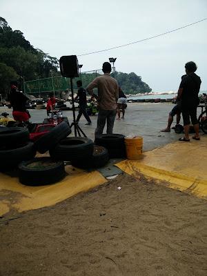 Pengedar Shaklee Puchong: Berkelah di Pantai Teluk Cempedak