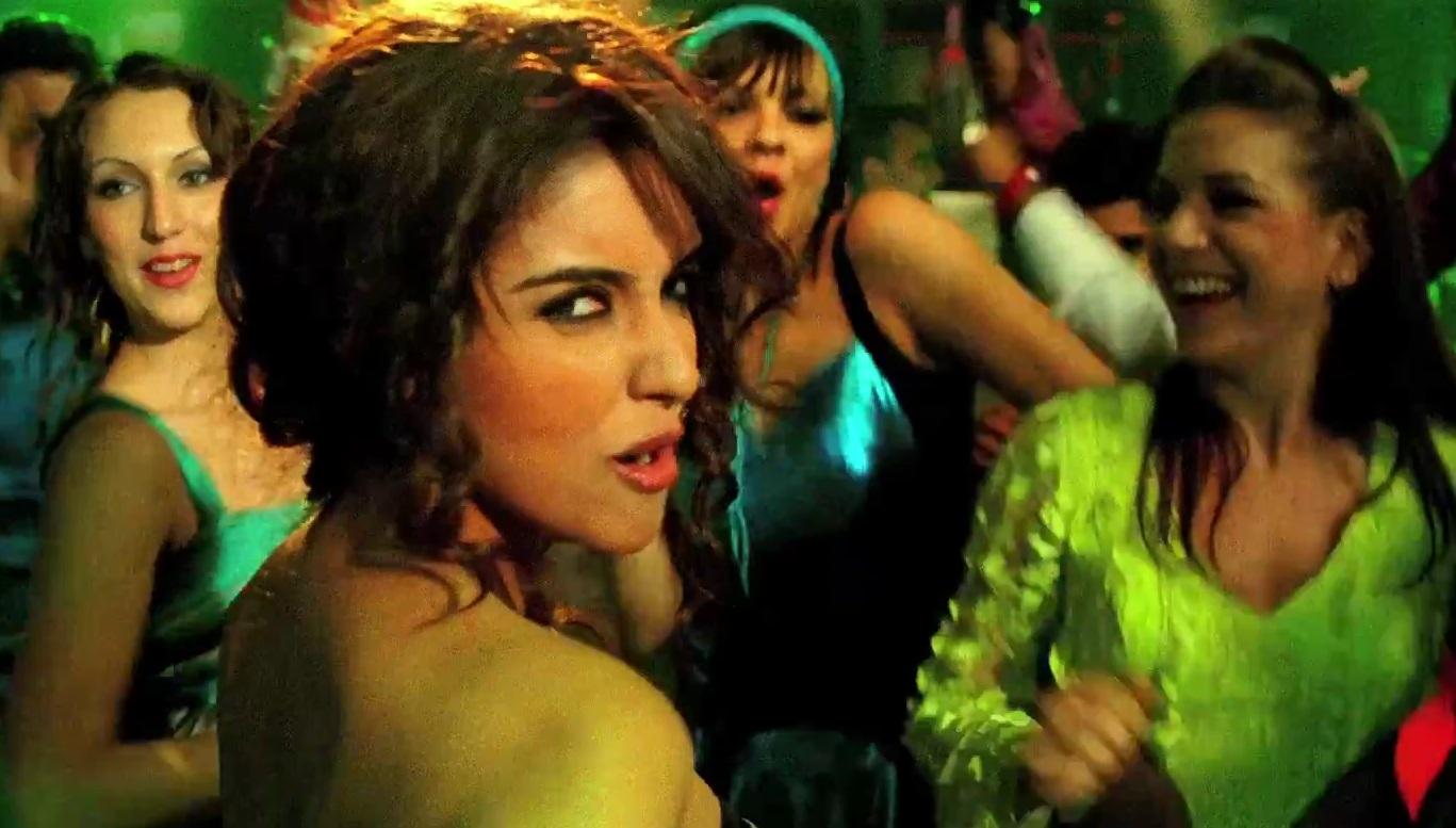 Khiladi 786 Trailer Download Wapking