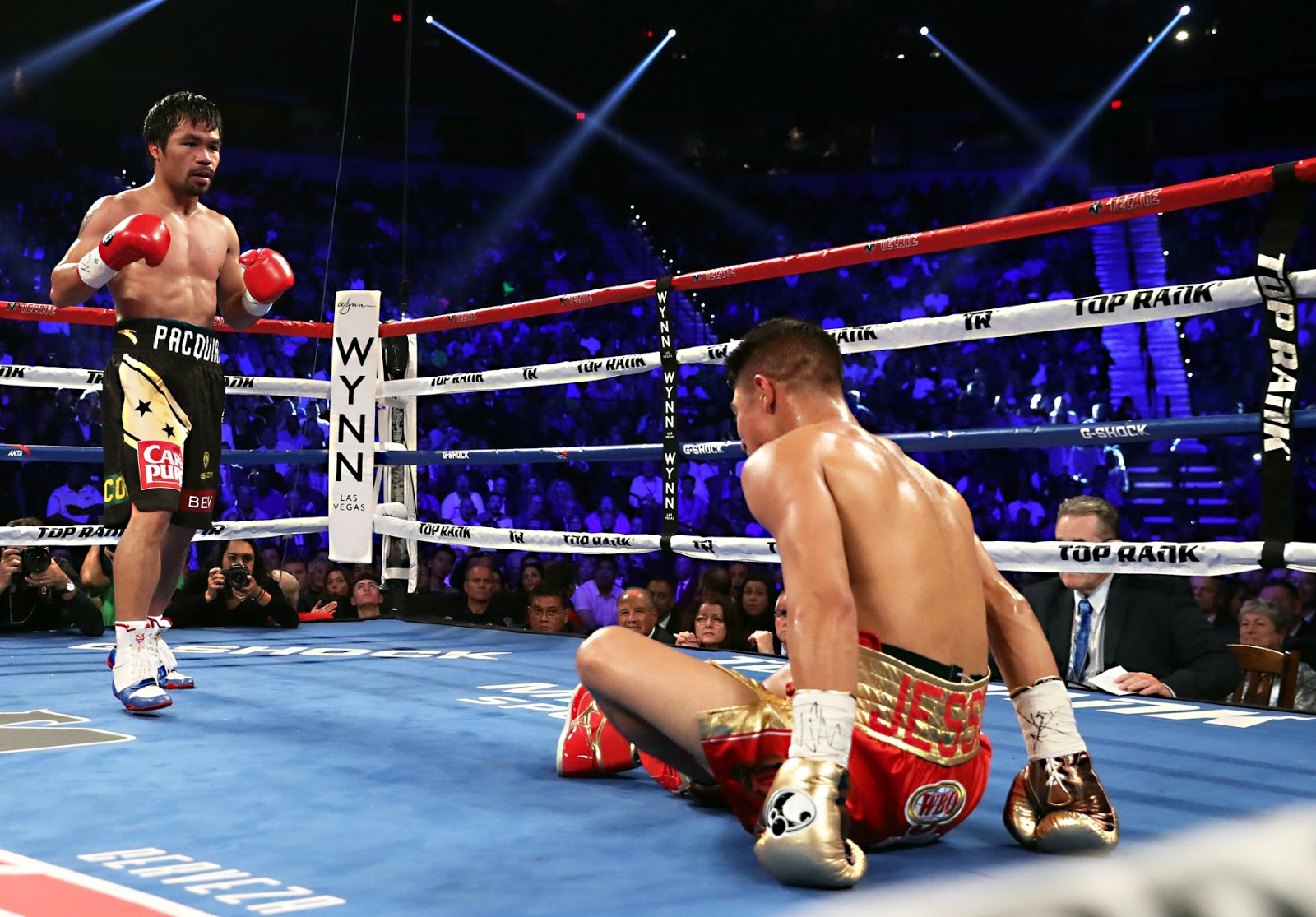Manny Pacquiao Drops, Decisions Jessie Vargas (REPLAY VIDEO)