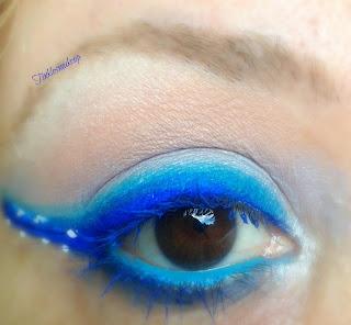 eye_makeup_look_blue_waves