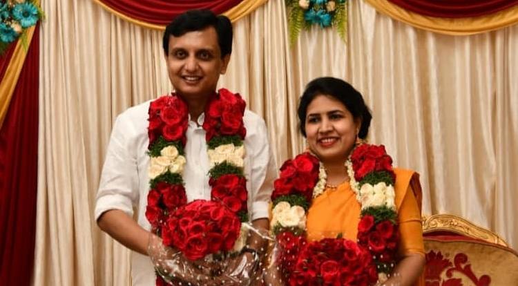 Pinarayi Vijayan's daughter T Veena married Muhammad Riyas