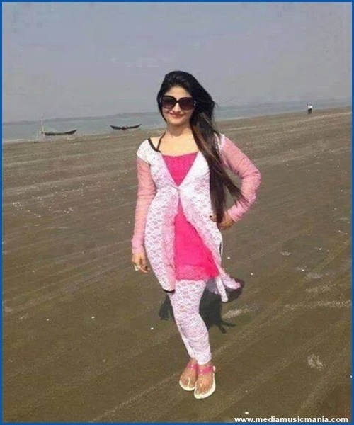 Beautiful Pakistani Girls Pictures - Media Music Mania-2946