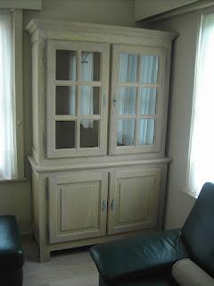 gerenoveerde vitrinekast