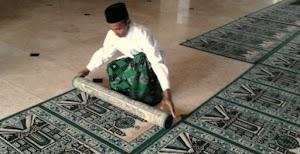 Kisah Inspiratif : Disangka Marbot Ternyata yang Bangun Masjid