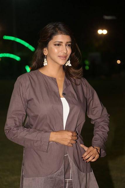 Manchu Lakshmi Stills At Malli Raava Movie Pre Release Event