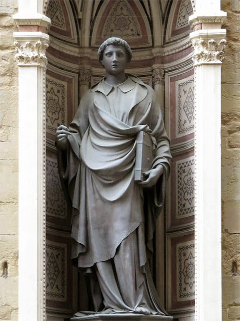 Copy of Santo Stefano, Saint Stephen by Lorenzo Ghiberti, Orsanmichele, Via dell'Arte della Lana side, Florence