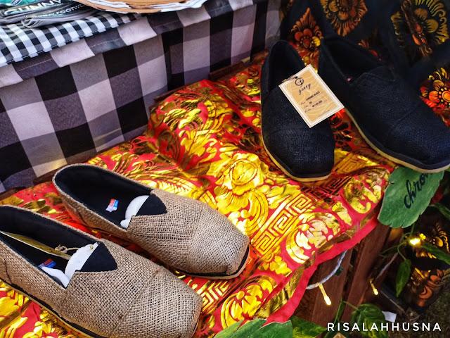 sepatu-dari-karung-goni