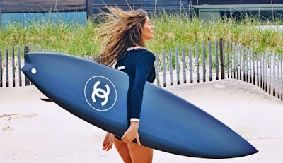 Gisele Bündchen Surfs for Chanel 5