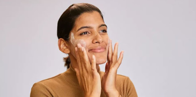 How to Apply Powder Cleanser The Right Way? Here's The Secret