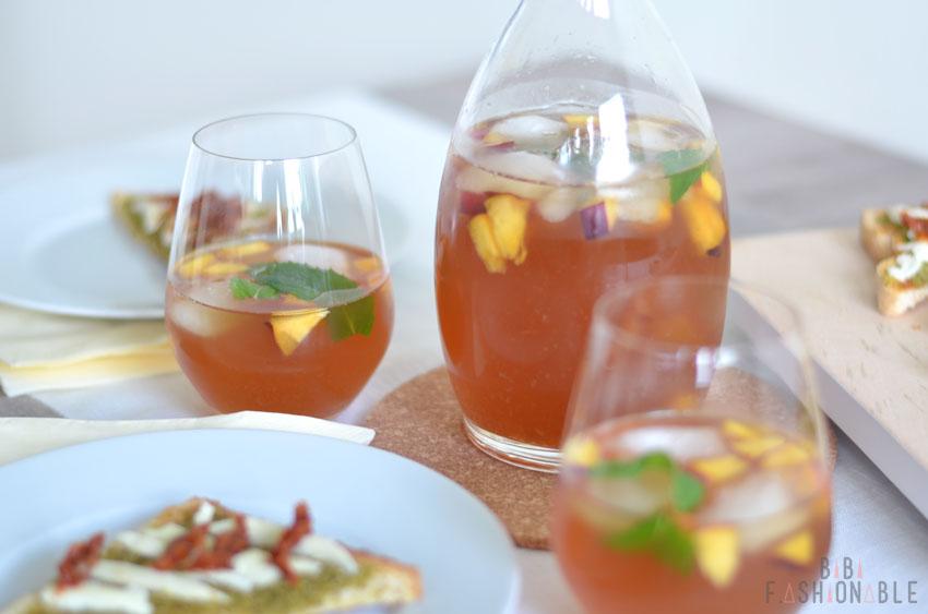 Minty Vanilla Peach Ice Tea Glas und Karaffe