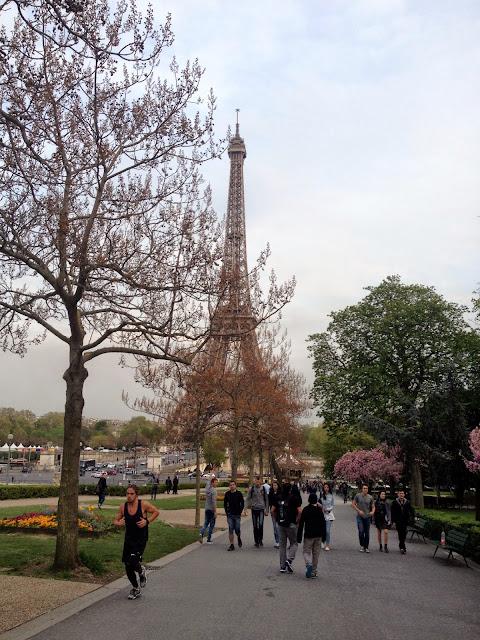 conocer todos los detalles de la Torre Eiffel Paris