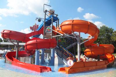 Открытые в 2018 году детские горки в аквапарке Аквамания, Албена