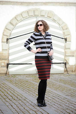 http://seaofteal.blogspot.de/2014/03/stripes-allover.html