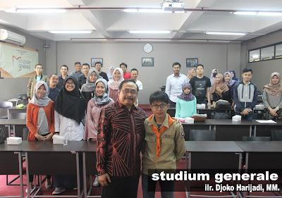 Studium Generale: Memahami Regulasi Cyber di Indonesia sebagai Bekal di Dunia Kerja